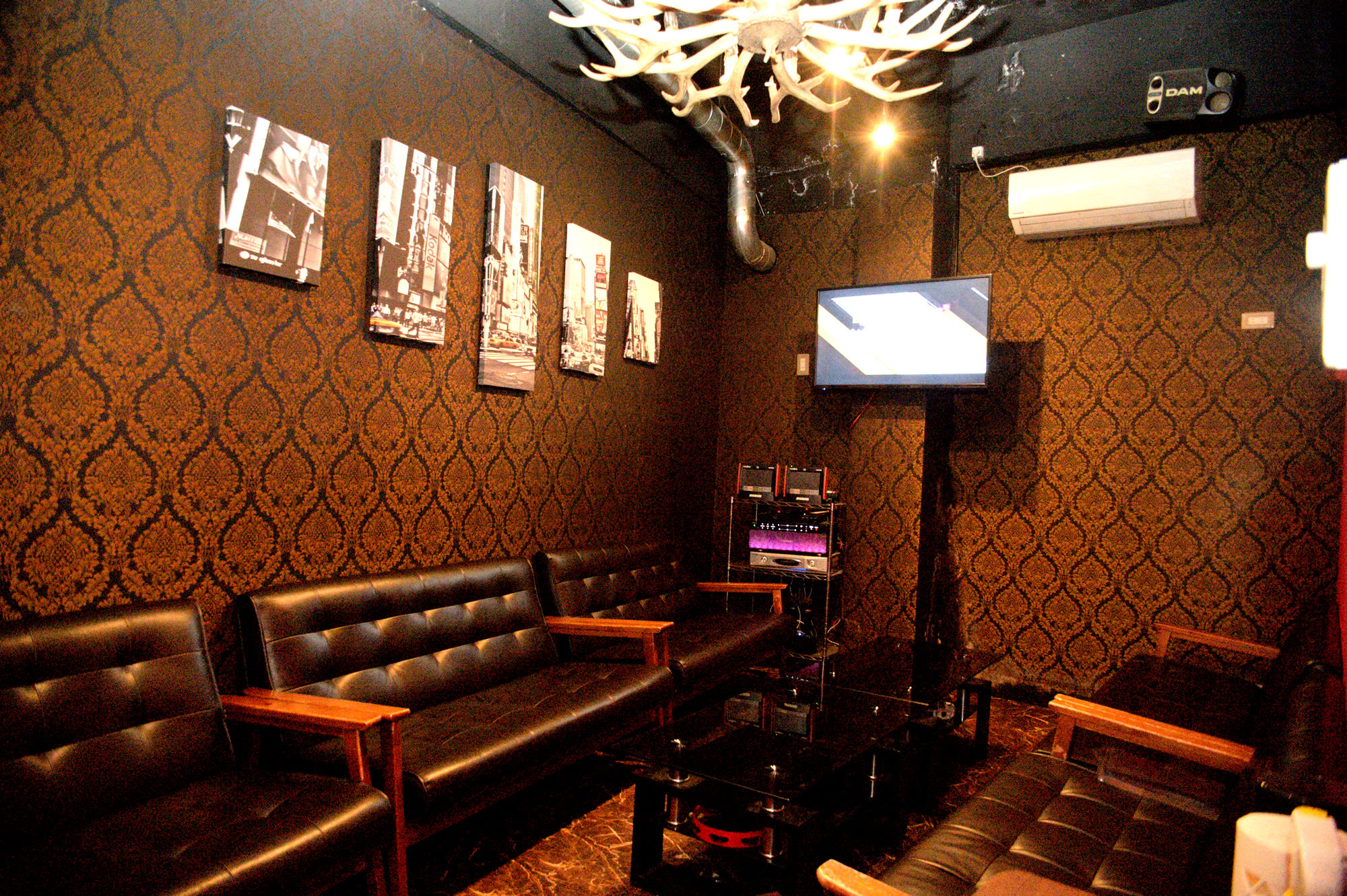 With a private karaoke room. Secret date or group using is possible!